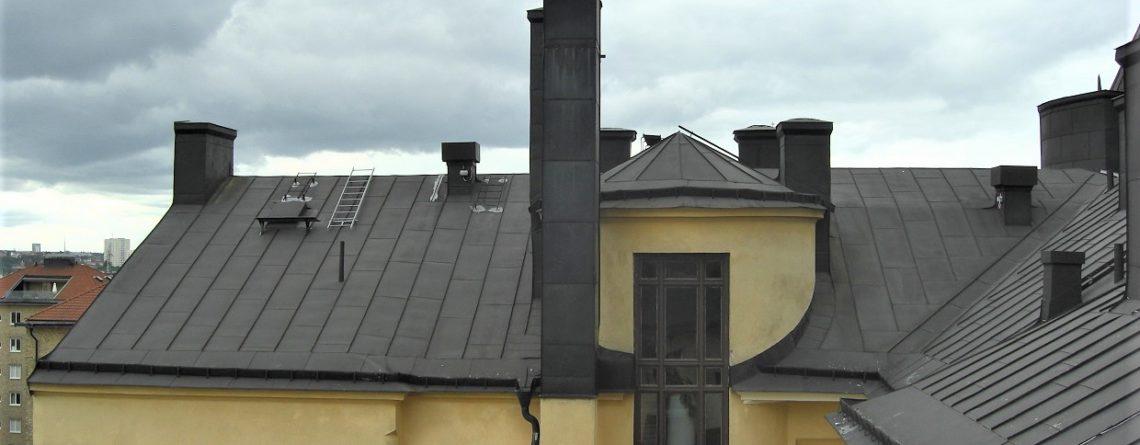 Tips till bostadsrättsföreningen: Det här ska ni tänka på vid takprojekt